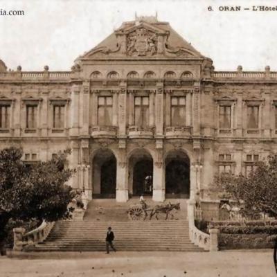 Oran hotel de ville
